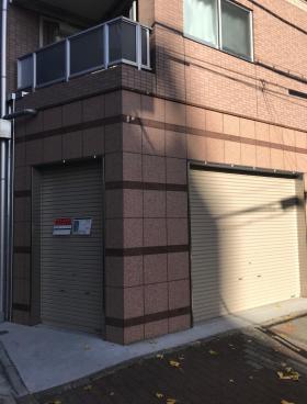 KM中目黒ビルのエントランス