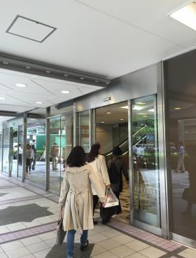 東京交通会館の内装