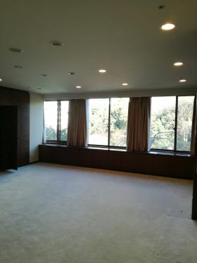 新紀尾井町ビルの内装