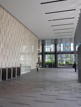 麹町大通りビルの内装