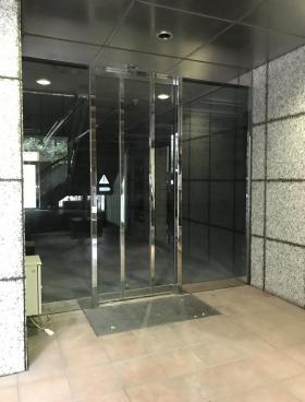 新御茶ノ水アーバントリニティビルの内装