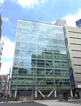 上野ビルの外観写真