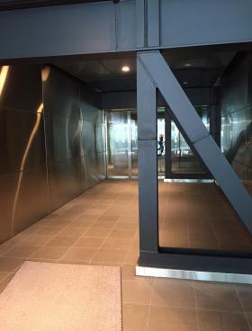 上野ビルの内装