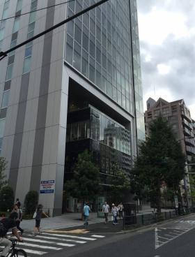 デジタルゲートビル(旧恵比寿アイマークゲート)のエントランス