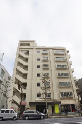 広尾コンプレックス(二期)ビルの外観写真