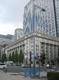 明治生命館ビルの外観写真