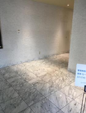 レイフラット新宿ビルの内装
