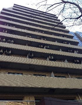 小田急コアロード西新宿の外観写真