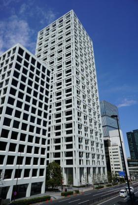 赤坂Kタワーの外観写真