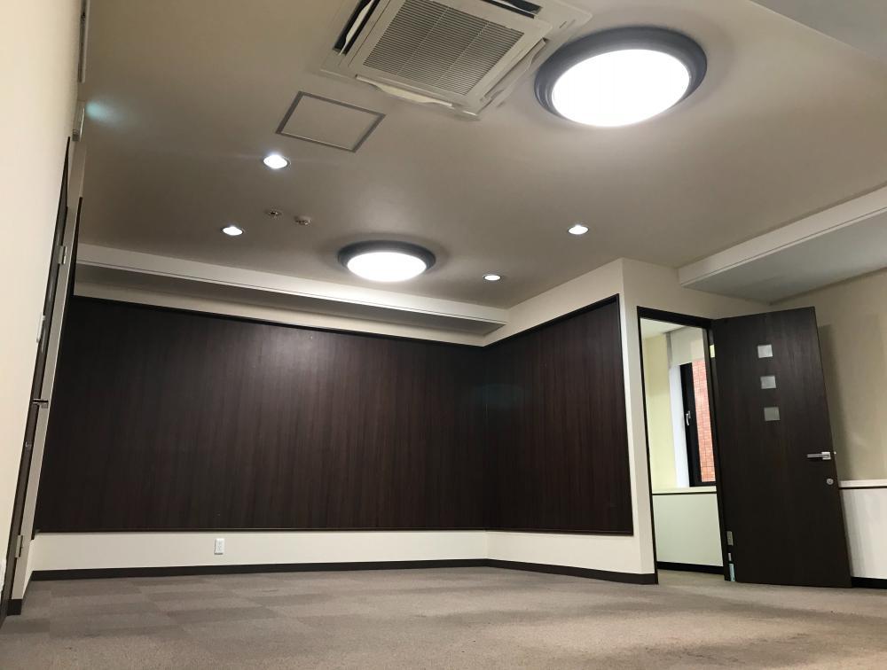 東京都中央区銀座 約35坪の内装