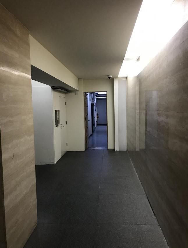 東京都新宿区市谷田町 約30坪の内装